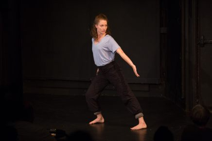 'play/bpm' - 9x22 DanceLab 2018 photo: Bill Cameron